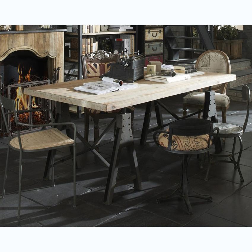 Mesa madera 200x100 Dialma Brown con caballetes de metal